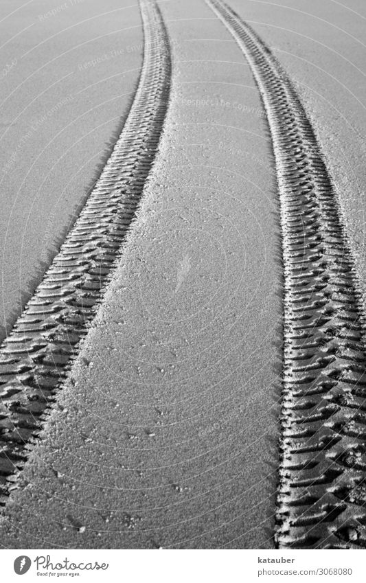 Traces in the sand Trip Adventure Expedition Summer Summer vacation Beach Esthetic Infinity Maritime Black White Tracks Tire Profile Sand Sandy beach