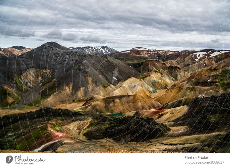 Mountain range in the Icelandic highlands Nature Landscape Earth Sand Air Clouds Peak Snowcapped peak Volcano Beautiful Far-off places Colour photo