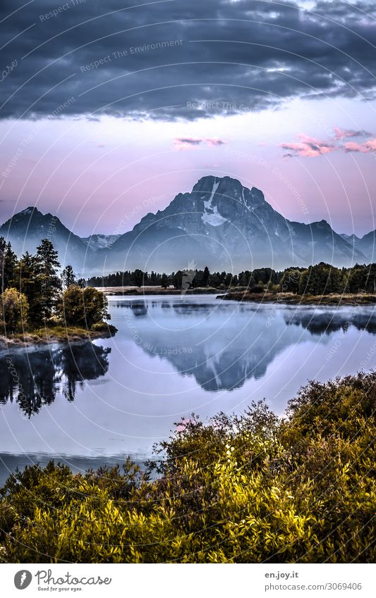 nebulous and cool. Vacation & Travel Trip Nature Landscape Sky Clouds Sunrise Sunset Autumn Fog Bushes Mountain Grand Teton NP Peak River bank Snake river