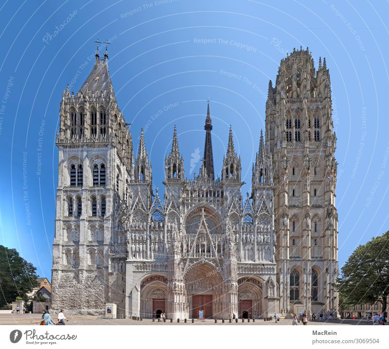Cathedral of Rouen Tourism Sightseeing Town Old town Church Architecture Facade Tourist Attraction Landmark Historic view episcopal see butter tower France