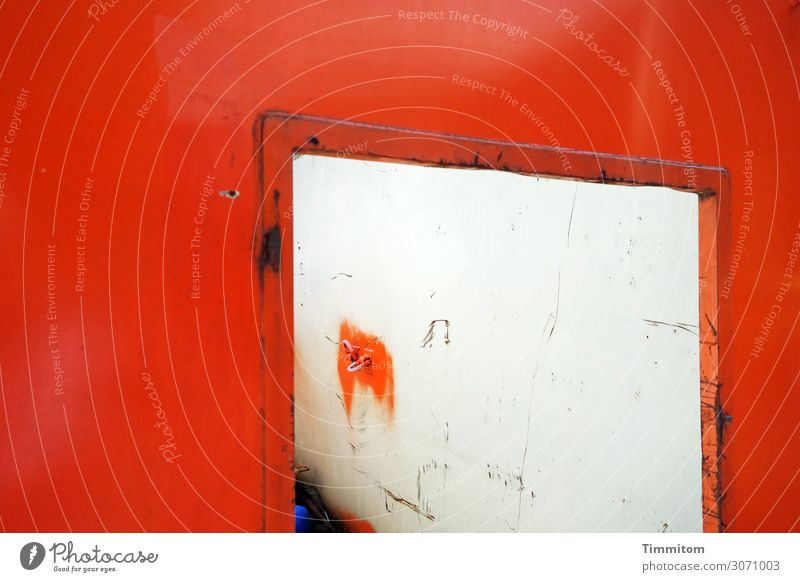 Container with opening Opening Metal Wait Old Dirty Red White Emotions Amazed Flashy Rust Abrasion Trash Checkmark Scratch mark Colour photo Exterior shot