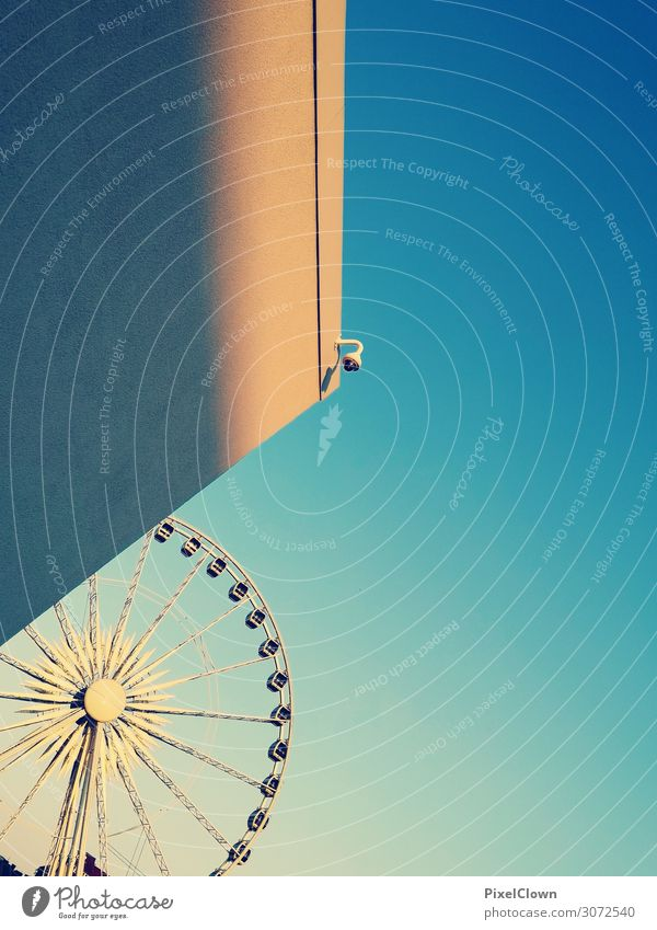 Ferris wheel Lifestyle Style Design Joy Feasts & Celebrations Town House (Residential Structure) Manmade structures Building Architecture Wall (barrier)