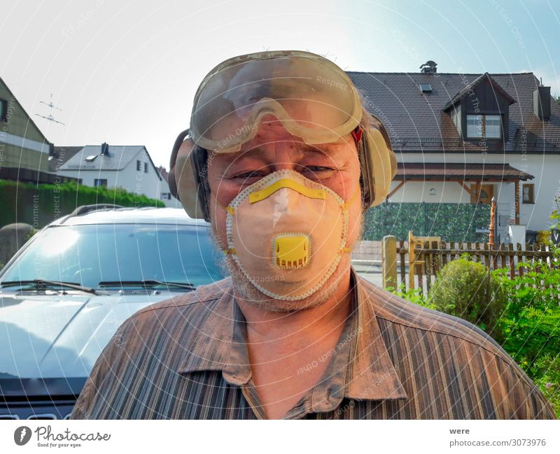 Elderly man with protective equipment Profession Craftsperson Painter Construction site Human being Masculine Man Adults Male senior Head 1 45 - 60 years