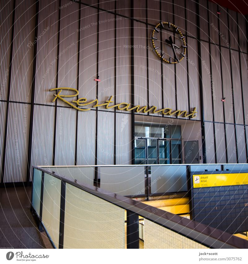 Restaurant Tourism Architecture Airport Berlin-Tempelhof Departure lounge Wall (barrier) Wall (building) Tourist Attraction Decoration Time Clock hand Display