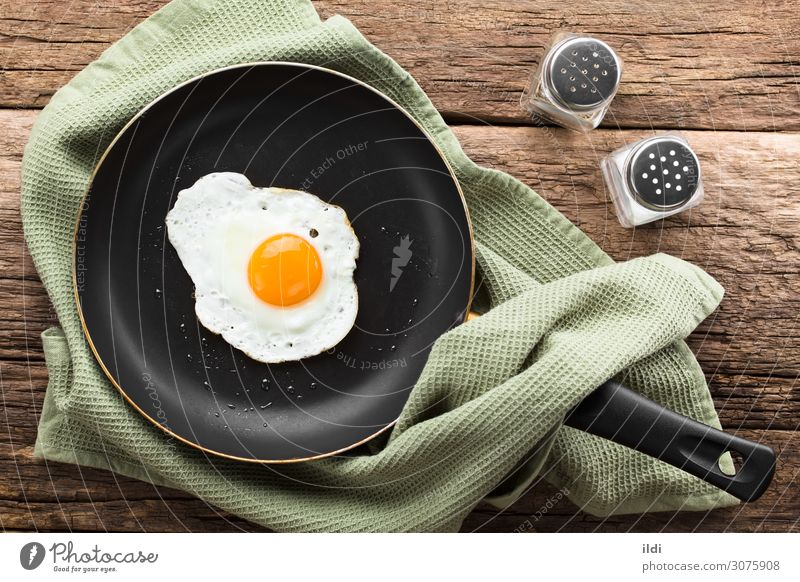 Fried Egg in Skillet Breakfast Fresh food egg Frying Yolk runny one Set Side sunny up sunny side up dippy Dip unturned cooking Snack Meal brunch accompaniment