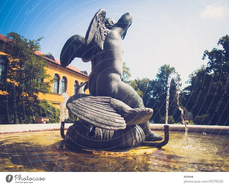 Fountain lenbachhaus Vacation & Travel Tourism Trip Summer Education Human being Masculine Child Baby 1 Art Artist Museum Sculpture lenbach house Angel