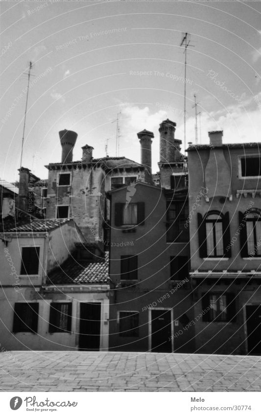 Venice I Places House (Residential Structure) Antenna Europe nested Front side Architecture