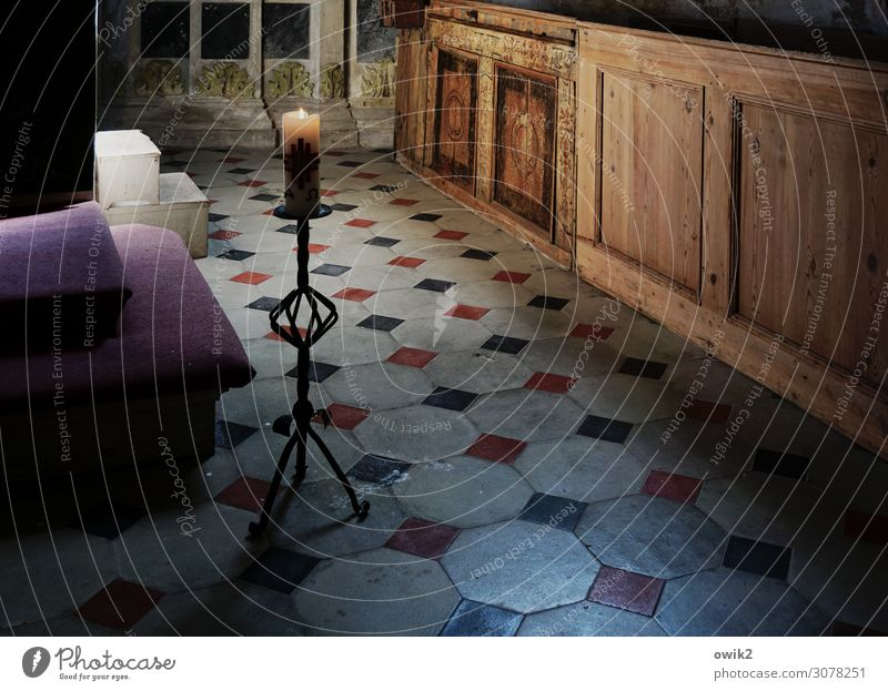 Old Calm Wood Religion and faith Wall (building) Germany Wall (barrier) Stone Stairs Metal Illuminate Historic Candle Floor covering Tourist Attraction Hope