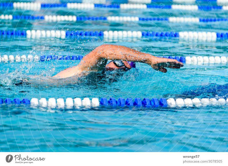 Gesundheit | Sport treiben Thementag Schwimmen Triathlon Freizeitsport Breitensport Hallenbad Wettkampf Fitness