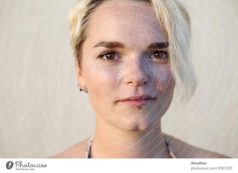 Portrait of a young woman with freckles and dimples Style Joy pretty Life Well-being Young woman Youth (Young adults) dimpled chin Freckles 18 - 30 years Adults