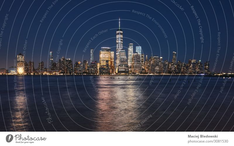 Manhattan skyline at night, New York. Shopping Luxury Elegant Vacation & Travel Tourism Sightseeing City trip Living or residing Flat (apartment) River Town