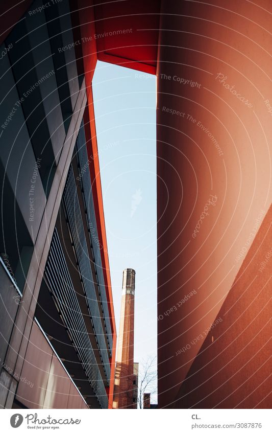 2500 | overview Cloudless sky Beautiful weather Town Deserted Industrial plant Manmade structures Building Architecture Wall (barrier) Wall (building) Facade