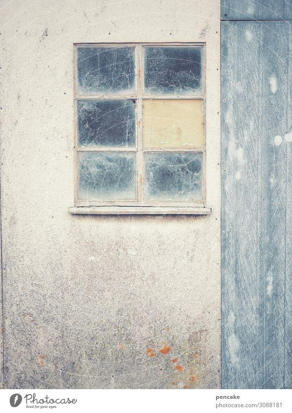 die kunst des alterns | kunst am bau Fassade Fenster Verfall Spinnweben Tür Fischerhütte Dänemark geheimnisvoll verwittert