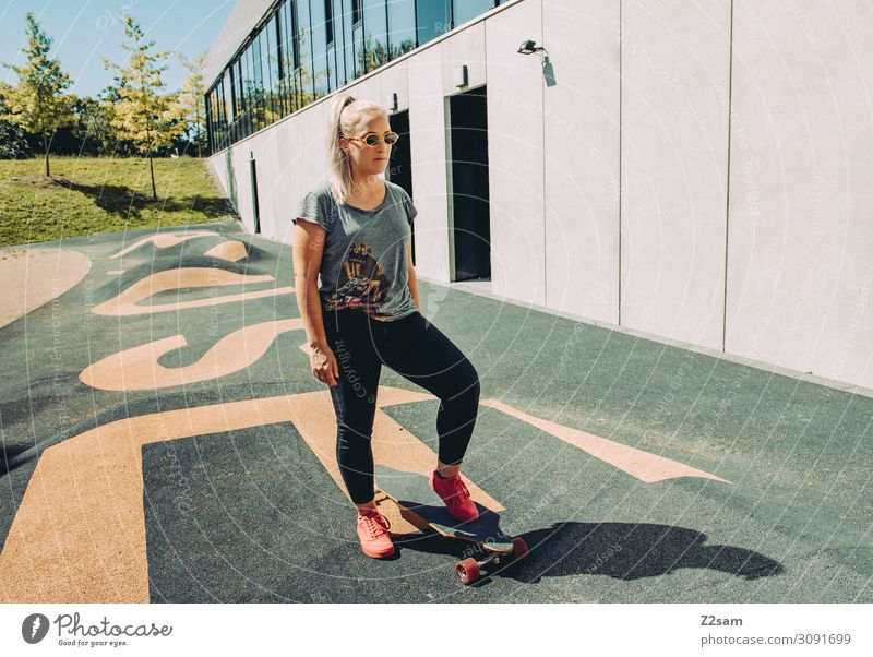 Skating in the City Lifestyle Elegant Style Leisure and hobbies Summer Skateboard Longboard Young woman Youth (Young adults) 30 - 45 years Adults Town Fashion