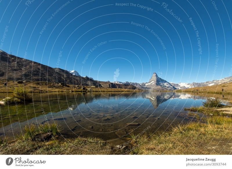 Zermatt - Stellisee Hiking Nature Landscape Water Autumn Beautiful weather Alps Mountain Matterhorn Lake Relaxation To enjoy Colour photo Exterior shot Day