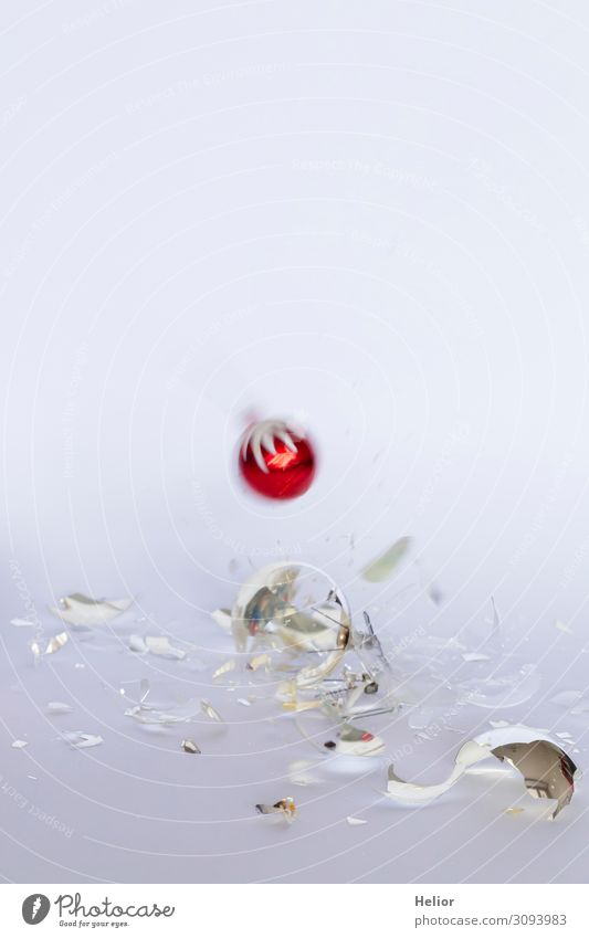 Christmas & Advent White Red Winter Background picture Religion and faith Sadness Movement Glittering Lie Glass Dangerous Transience Broken Tradition To fall