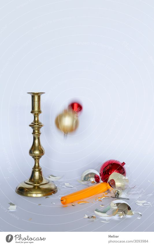 Christmas & Advent White Red Winter Background picture Religion and faith Yellow Sadness Movement Retro Gold Lie Stand Broken Candle To fall