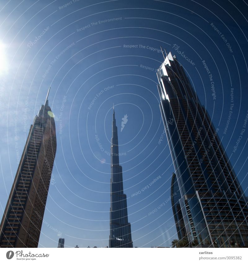 The three of the ..... Dubai United Arab Emirates var Burj Khalifa High-rise City Architecture Tourism Financial Industry Credit Bank building Economy