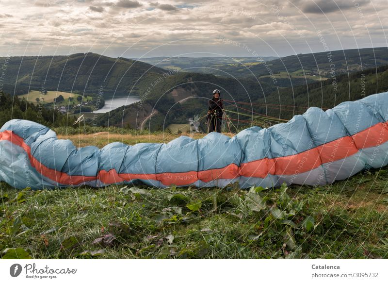 Testing the lines Paragliding Paraglider Masculine 1 Human being Landscape Sky Clouds Horizon Summer Bad weather Plant Grass Bushes Leaf Wild plant Meadow