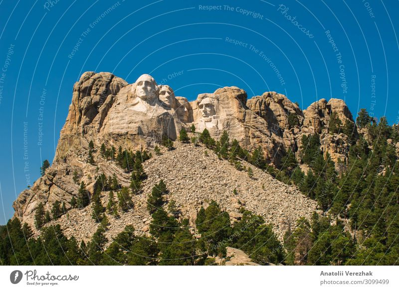 Mount Rushmore front view , Labor Day 2018 Face Vacation & Travel Tourism Mountain Landscape Sky Park Hill Rock Monument Stone Old Good famous president