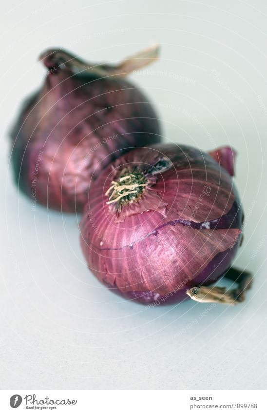 Red Onions Food Vegetable Onion skin Nutrition Organic produce Vegetarian diet Harmonious Calm Lie To dry up Natural Brown Contentment Senior citizen Colour