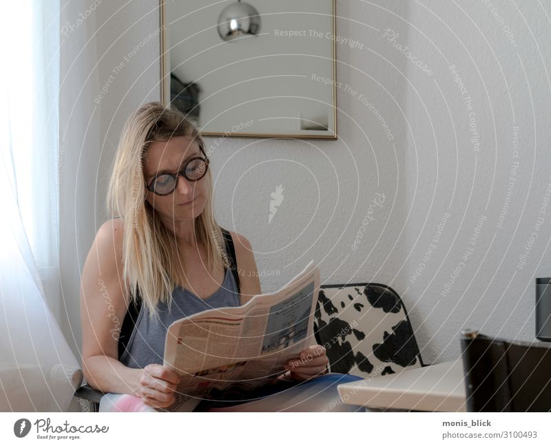 Some News Human being Feminine Woman Adults 1 Print media Newspaper Magazine Reading Lifestyle Capital city Period apartment Emotions Moody Contentment
