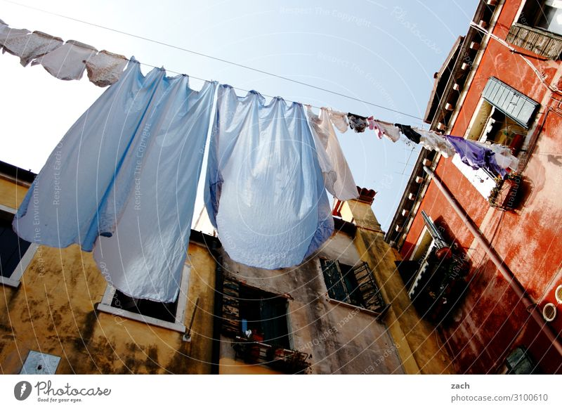 Old Blue Town House (Residential Structure) Window Wall (building) Wall (barrier) Facade Living or residing Clothing Italy Dress Old town Village Shirt Washing