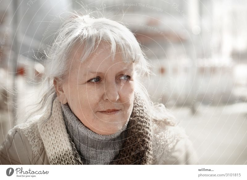 Woman Human being Face Adults Senior citizen Think Meditative Blonde 45 - 60 years 60 years and older 50 plus Observe Bangs Scarf Skeptical Gray-haired