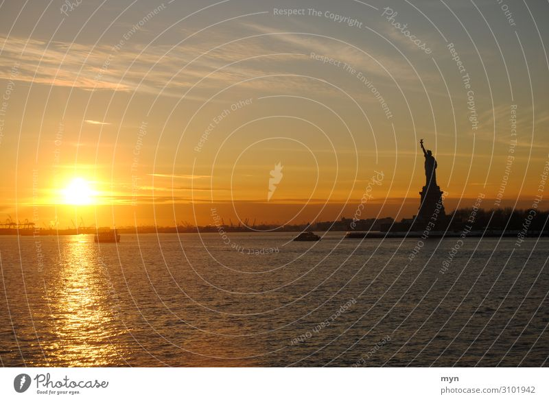 Statue of Liberty at sunset in New York Statue of liberty Landmark Tourist Attraction New York City USA Sunset lady liberty North America Monument Tolerant Hope