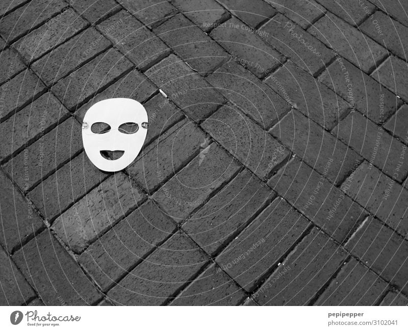 mask Face Leisure and hobbies Party Carnival Lanes & trails Mask Sign Lie Sadness Black & white photo Exterior shot Bird's-eye view