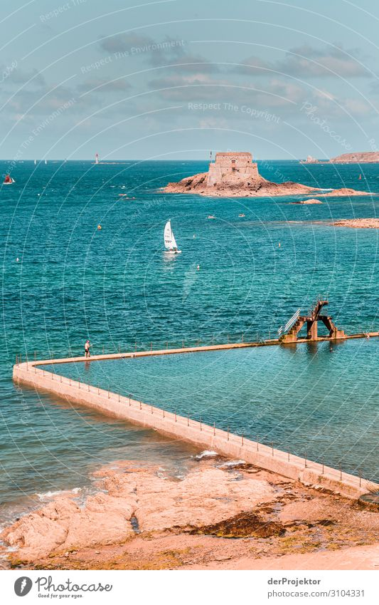 Saint-Malo in Brittany Vacation & Travel Tourism Trip Adventure Far-off places Freedom Sightseeing City trip Summer vacation Small Town Manmade structures