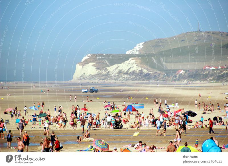 People at low tide on the beach at Cap Blanc Nez Crowd of people Cloudless sky Beach Ocean English Channel know-it-all Fishing boat Bikini Swimming trunks