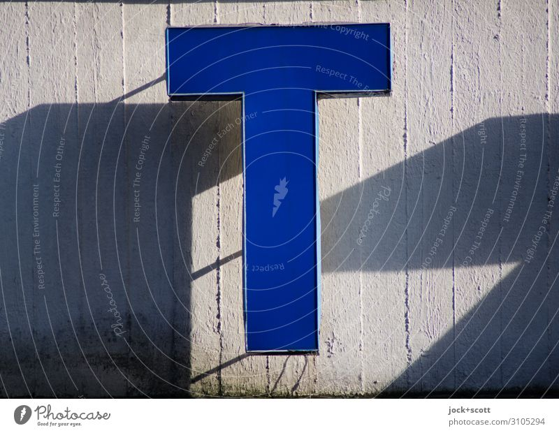 Letter T Beautiful weather Kreuzberg Decoration Collector's item Lightbox Concrete Plastic Characters Stripe hang Exceptional Sharp-edged Firm great Warmth Blue