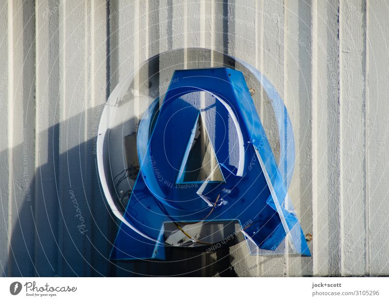 Q&A versus frippery Lightbox Metal Plastic Characters Stripe Ask Hang Exceptional Blue Whimsical Irritation Double exposure Typography Capital letter Synthesis