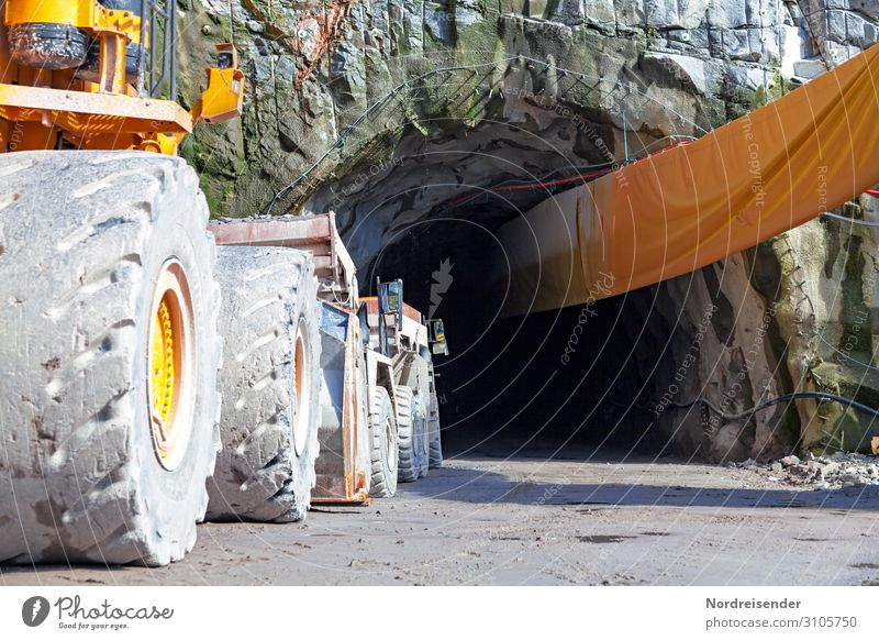 Tunnelling Work and employment Profession Workplace Construction site Economy Industry Logistics Machinery Construction machinery Technology High-tech