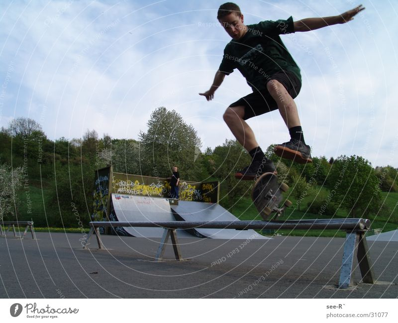 Skater @ Work 2 Skateboarding Kickflip Air Jump Park Sports olive rail danger