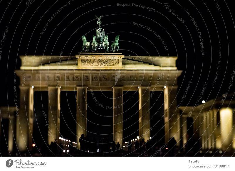 Quadriga in TiltShift Work of art Capital city Downtown Populated Manmade structures Building Architecture Tourist Attraction Landmark Monument Brandenburg Gate