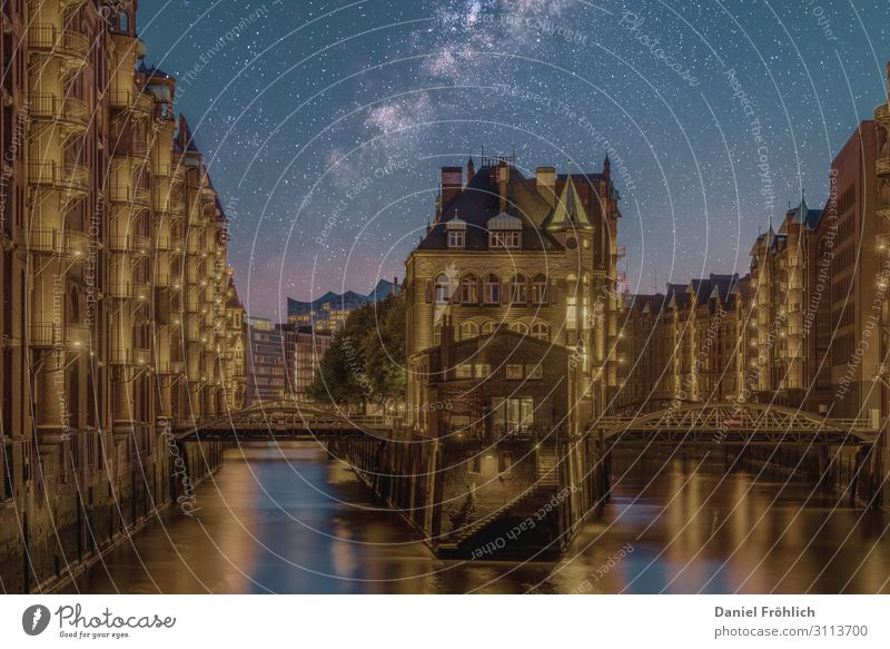 hamburg by night Night sky Stars Building Architecture Tourist Attraction Hamburg moated castle Bridge Brick Discover Relaxation Old Famousness Design