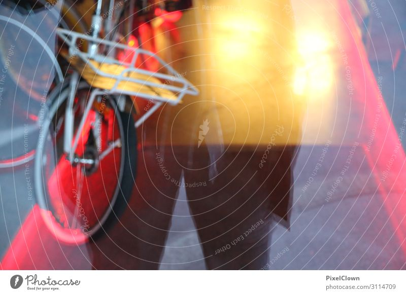 Bicycles in the City Lifestyle Shopping Style Design Human being Man Adults Stomach Legs 1 45 - 60 years Culture Youth culture Subculture Town Facade Window