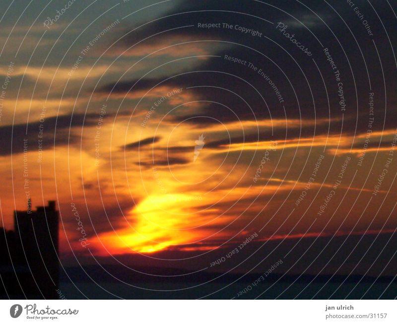 Sun Clouds Romance