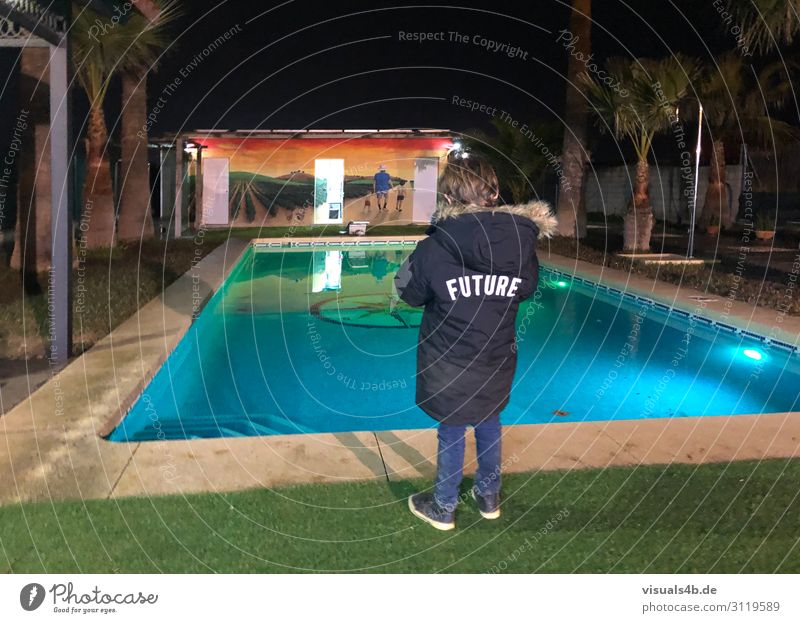 fridays for future House (Residential Structure) Garden Swimming pool Child Girl Boy (child) Infancy 1 Human being 3 - 8 years Youth culture Graffiti