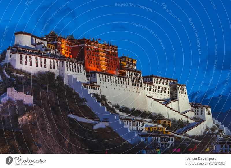 Potala Palace Vacation & Travel Tourism Sightseeing Manmade structures Architecture Tourist Attraction Landmark Religion and faith Ancient ancient building