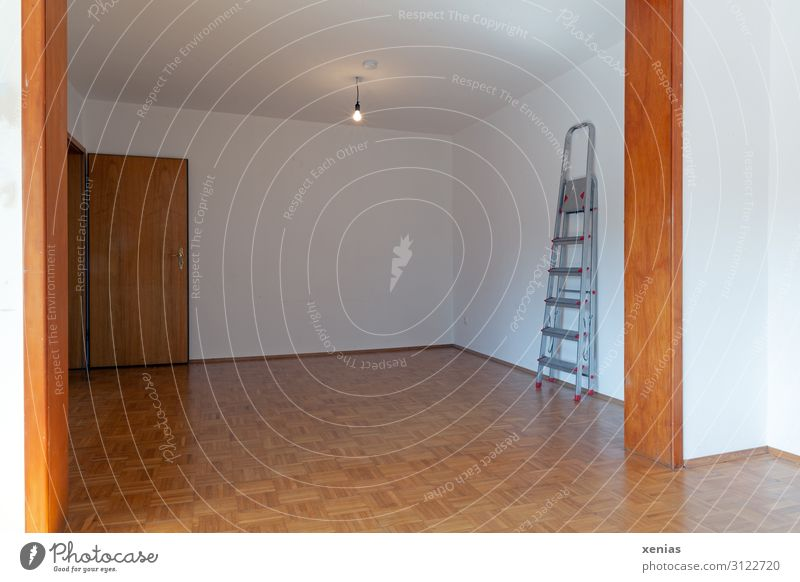 Living or residing Flat (apartment) Room Door Empty Floor covering Moving (to change residence) Living room Electric bulb Ladder Redecorate Parquet floor