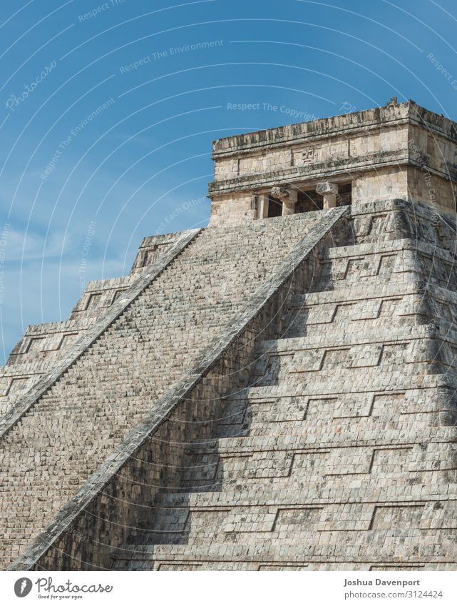 Pyramid of Kukulcan Vacation & Travel Tourism Sightseeing Ruin Manmade structures Architecture Tourist Attraction Landmark Old Ancient ancient building