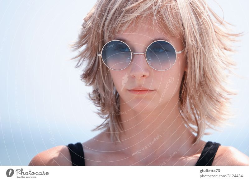 Sunshine girl with blue sunglasses Young woman Youth (Young adults) Life 1 Human being 13 - 18 years Summer Blonde Short-haired Wig Bangs Layered hairstyle