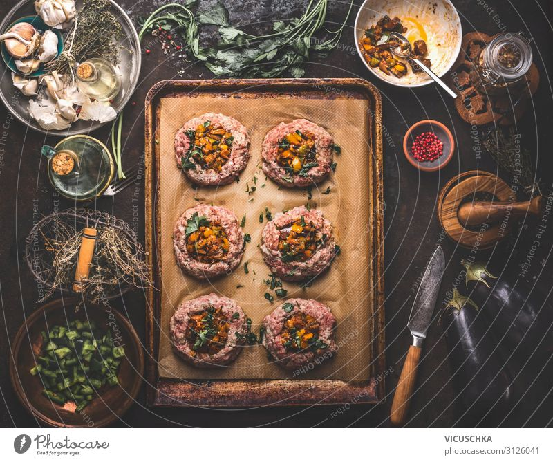 Minced meat pies filled with roasted vegetables Food Meat Vegetable Nutrition Organic produce Crockery Design Living or residing Table Bagel Meat dishes Cooking