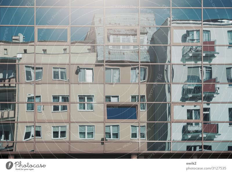 House (Residential Structure) Window Wall (building) Wall (barrier) Facade Illuminate Modern Glittering Glass Large Tall Cloudless sky Downtown Balcony Part