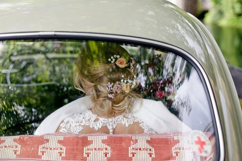 a beautiful back... Feasts & Celebrations Wedding Feminine Woman Adults Life Human being 18 - 30 years Wedding dress Blonde Bouquet already White Upper body