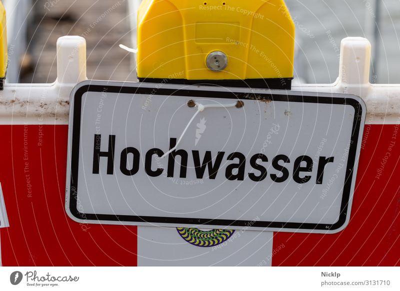 "Rhein Hochwasser - Warning sign ""Flood"" - Cologne, Rhine North Rhine-Westphalia Germany River flood situation Warning light Barricade Water Barrier"
