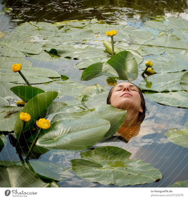 Greenwashing with pond roses Beautiful Personal hygiene Healthy Vacation & Travel Summer Human being Feminine Young woman Youth (Young adults) Head Face 1